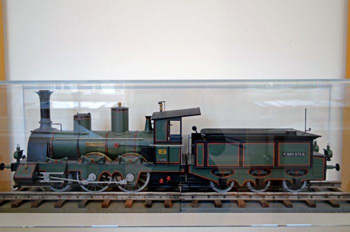 """Modell der Dampflok """"Gemünden"""""""